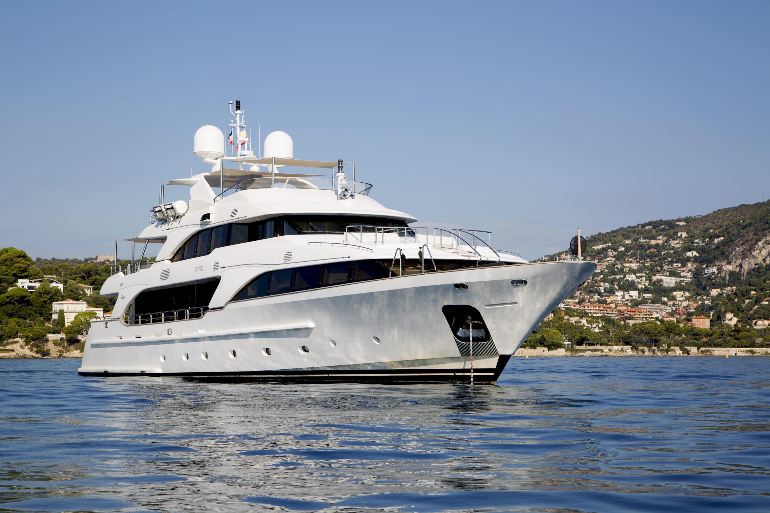 Benetti motor yacht Mina for sale with BlackOrange